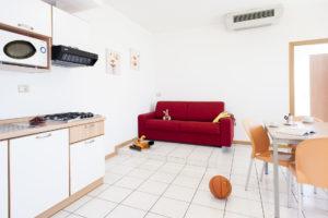 Bilocale con divano